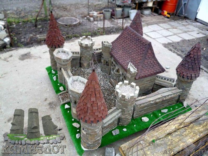 Замок из мусора своими руками 35